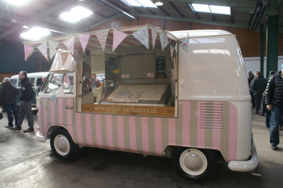 Polly's Parlour ice cream van