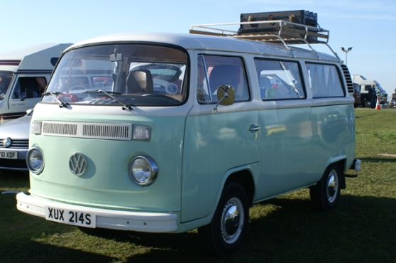 Type 2 Bay Window Volkswagen Camper XUX 214S
