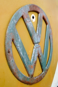 rust splitscreen vw badge ratty patina field of dreams
