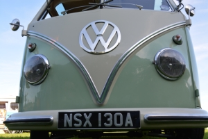 dubs in't dales deluxe trim splitscreen vw mint white