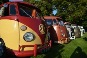 dubs in't dales vw splitscreen convoy line up camper